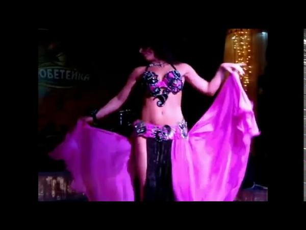 ALLA KHUSHNIR BELLY DANCE CRAZY KIYARE ARAB VERSALE POP SING LAYAL Mosh Habki