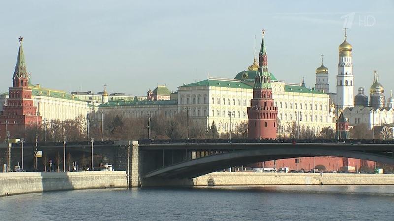 Россия высылает немецких дипломатов в ответ на демарш из-за убийства террориста в Берлине.