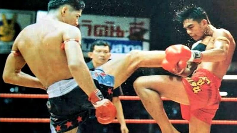 Sakmongkol Sithchuchok Highlight ศักดิ์มงคล ศิษย์ชูโชค ซ้ายหน้าหยก Muay Thai