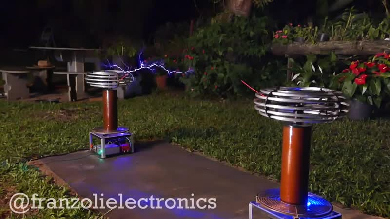 Bee Gees Stayin' Alive on Singing Tesla Coils