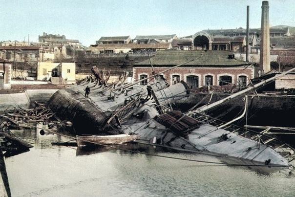 """Минный транспорт """"Амур"""", взорванный в Порт-Артуре собственной командой в ночь на 20 декабря 1904 года, накануне сдачи крепости"""