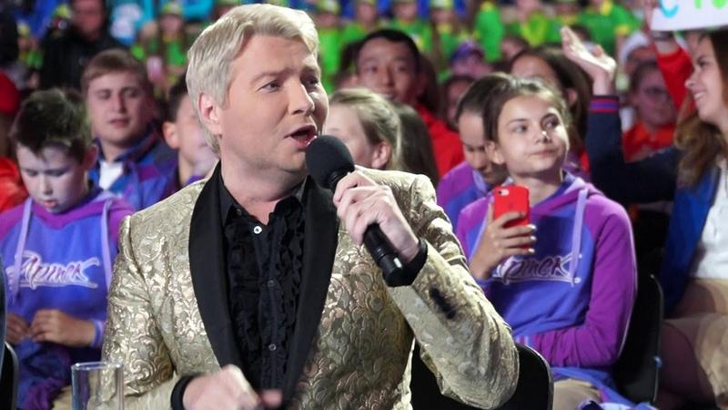 Важней всего погода в доме, всё остальное ... Николай Басков поёт песню Ларисы Долиной.