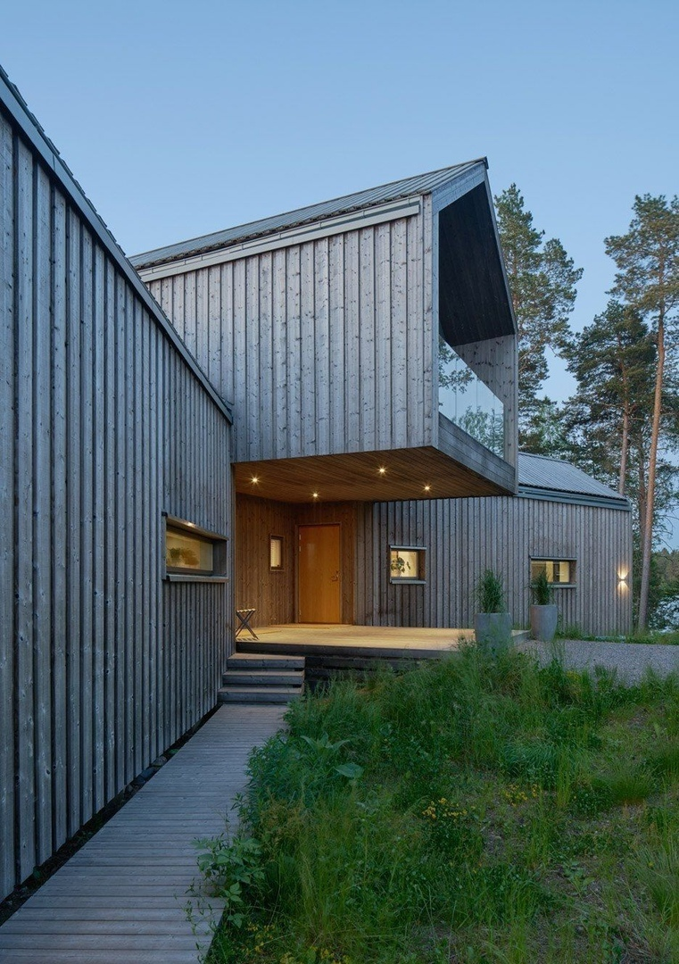 Swedish villa by Stockholm studio Murman Arkitekter
