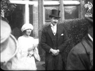 Informal Wedding Of Stylish Couple (1920-1929)