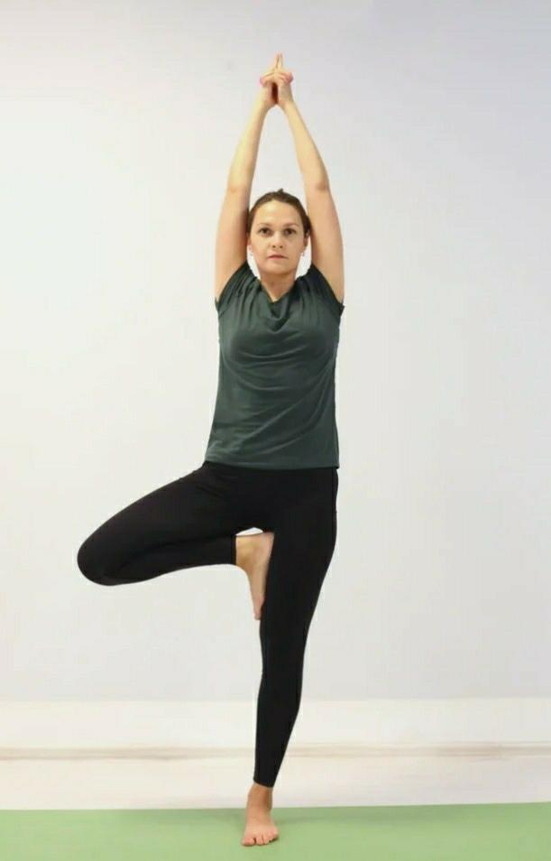 Позы йоги на баланс
