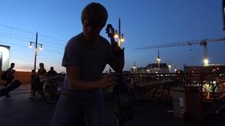 Reinhardt Buhr / Multi instrumentalist + Live Loop artist / Boss-RC505 / Shofar / E-Cello / Didge