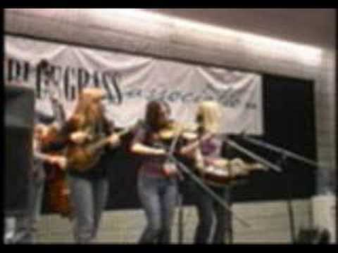 The Lovell Sisters - Please Search Your Heart - IBMA World of Bluegrass