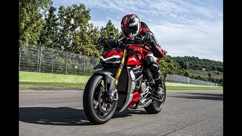 2020 Ducati Streetfighter V4 S Demo on Track and Design Details