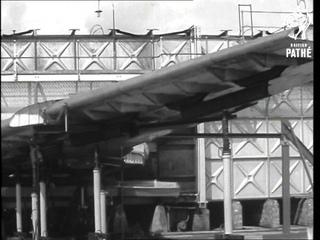Assembling The Comet IV (1958)