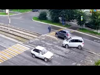 ТОП-6_смертельных_ловушек_для_пешеходов__Как_не_погибнуть_на