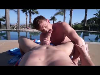 H8fcj - muscled young man pounds a nerds ass in homemade - free gay video by gayzer.club
