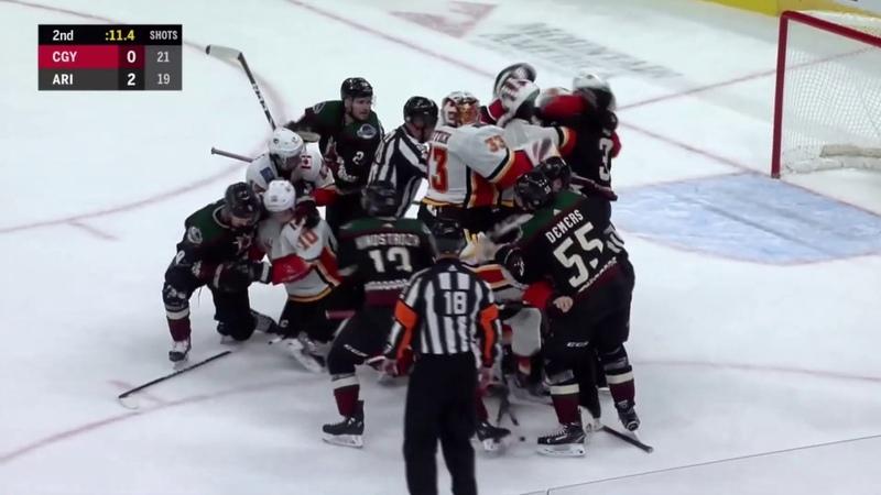 Массовая драка с участием вратарей Аризона - Калгари / Coyotes vs Flames Brawl With Goalies Come Out