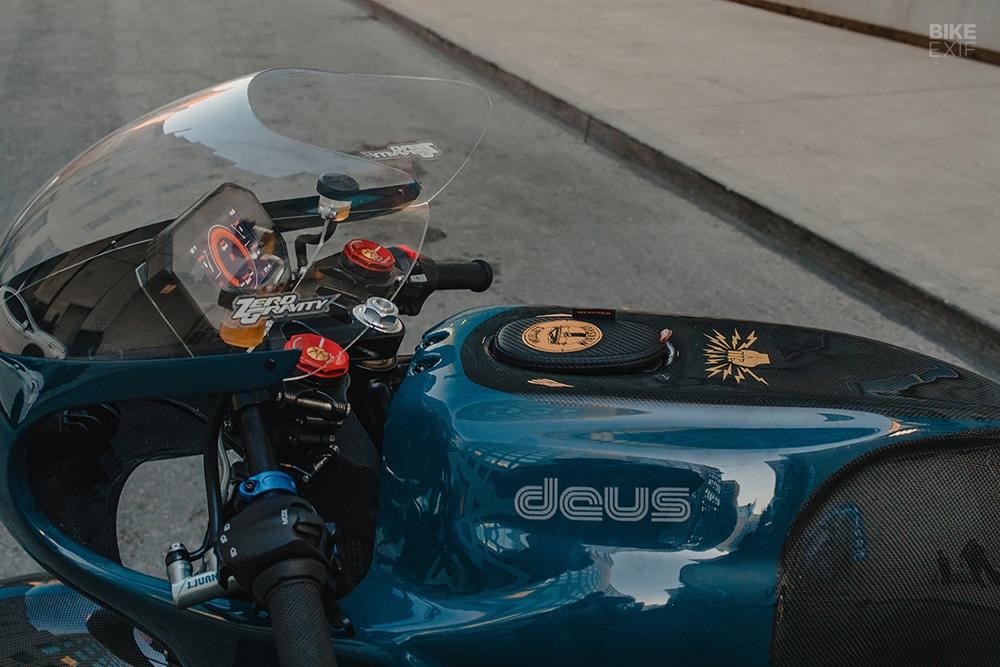 Deus x Zero: Электрический спортбайк Zero SR/S