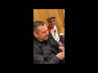 Guf и Эрик Давидыч встретились в кафе (Паблик Рэп Бот)