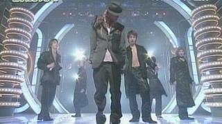 [] KAT-TUN LIVE - Medley+Koki rap+Glow in the Dark Gloves (Minna no Terebi)