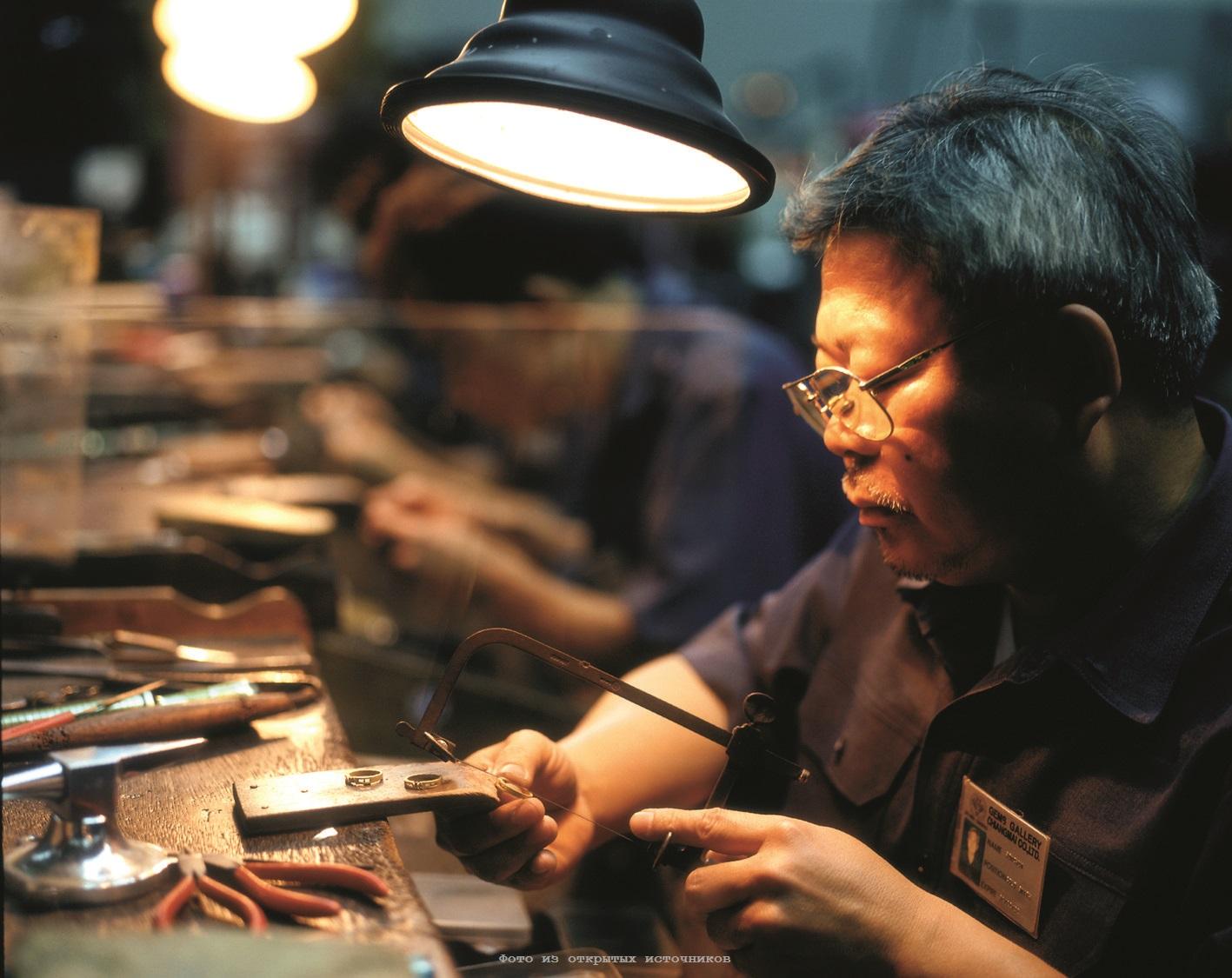 Ювелирная фабрика Gems Gallery в Паттайе фото 12