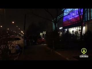 Вчера вечером во время празднования свадьбы произошла стрельба возле одного из ресторанов в Невском районе.