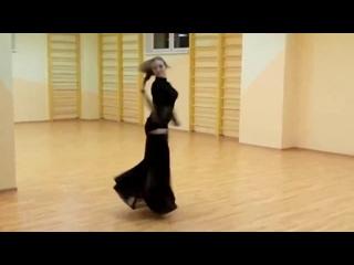 А теперь скажите: Танец на шесте может сравниться с этими божественными движения