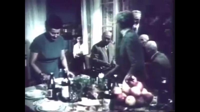 თოჯინები იცინიან 1964