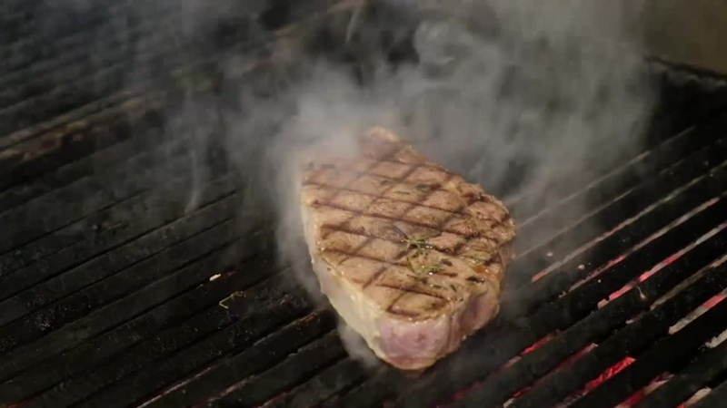 Стейк какой прожарки вы предпочитаете В нашем а ля карт ресторане Steak House мы будем счастливы исполнить ваши пожелания