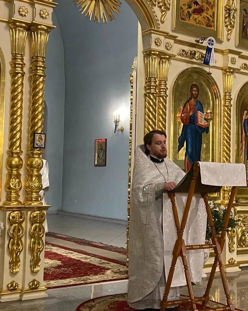 В храмах Петровска прошли праздничные богослужения, посвящённые светлому празднику Рождества Христова