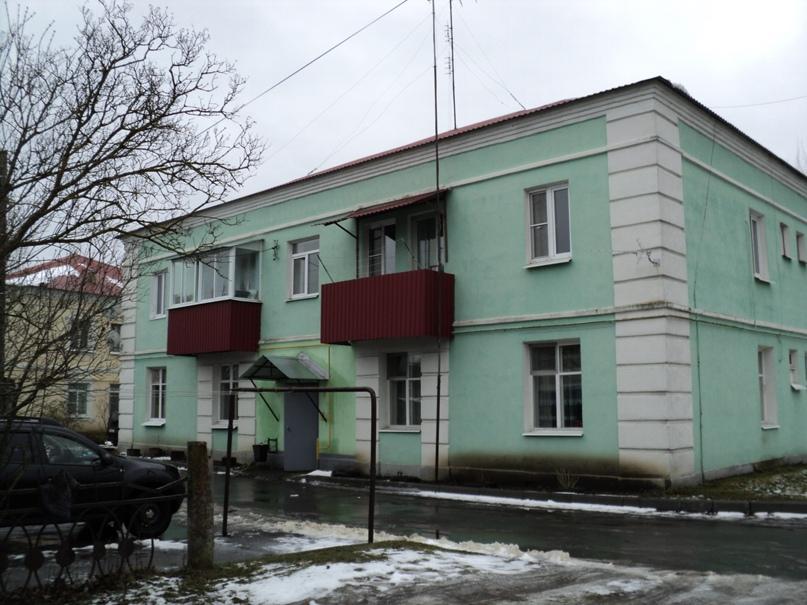 Типовая советская жилая архитектура 50-х годов в Белоомуте., изображение №2