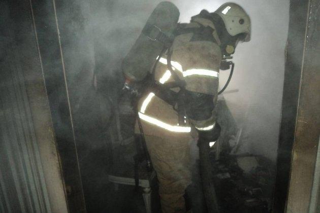 Один человек погиб и трое спасены из горящего жилого дома в Железнодорожном районе Читы