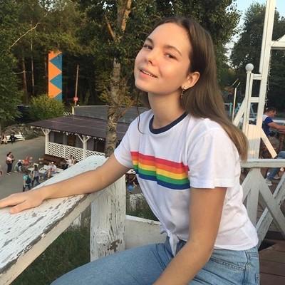 Олеся Лажечникова