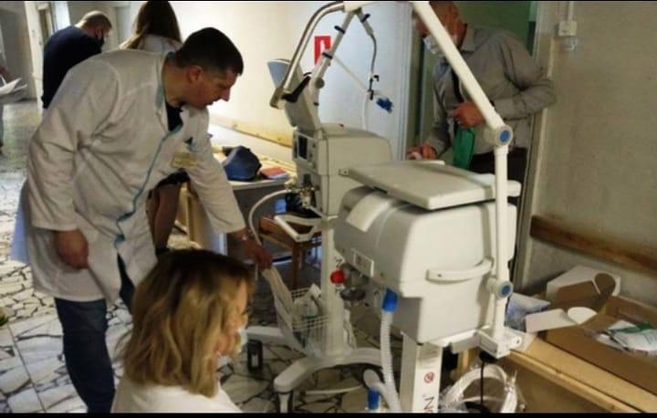 В отделение реанимации Петровской районной больницы поступило пять аппаратов ИВЛ
