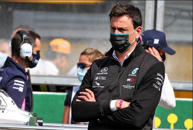 Глава Mercedes хочет разделить свои полномочия