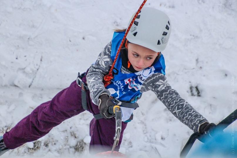 Главные отечественные ледолазные старты сезона финишировали в городе Кирове в минувшие выходные – чемпионат и первенство России по альпинизму. Всем было что доказывать и что терять…, изображение №23