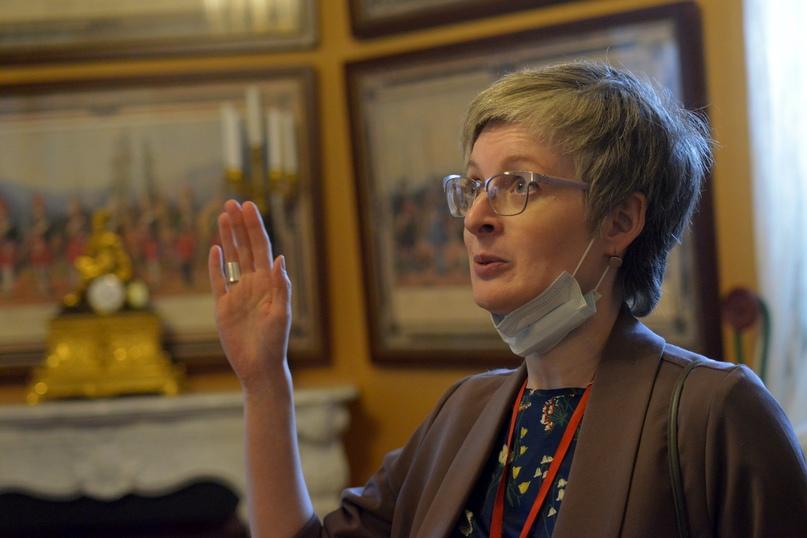 Старший научный сотрудник, заведующая научно-фондовым отделом ГМЗ «Гатчина» А.Н.Фарафонова является куратором выставки.