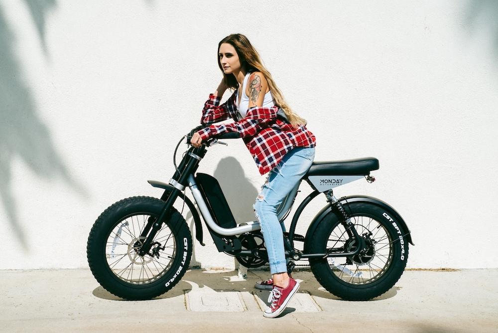 Электрический мопед Monday Motorbikes Presidio