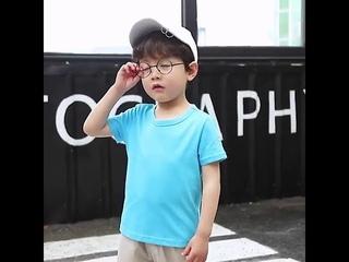 Летняя детская одежда футболка для мальчиков хлопковая ярких цветов с короткими рукавами милая